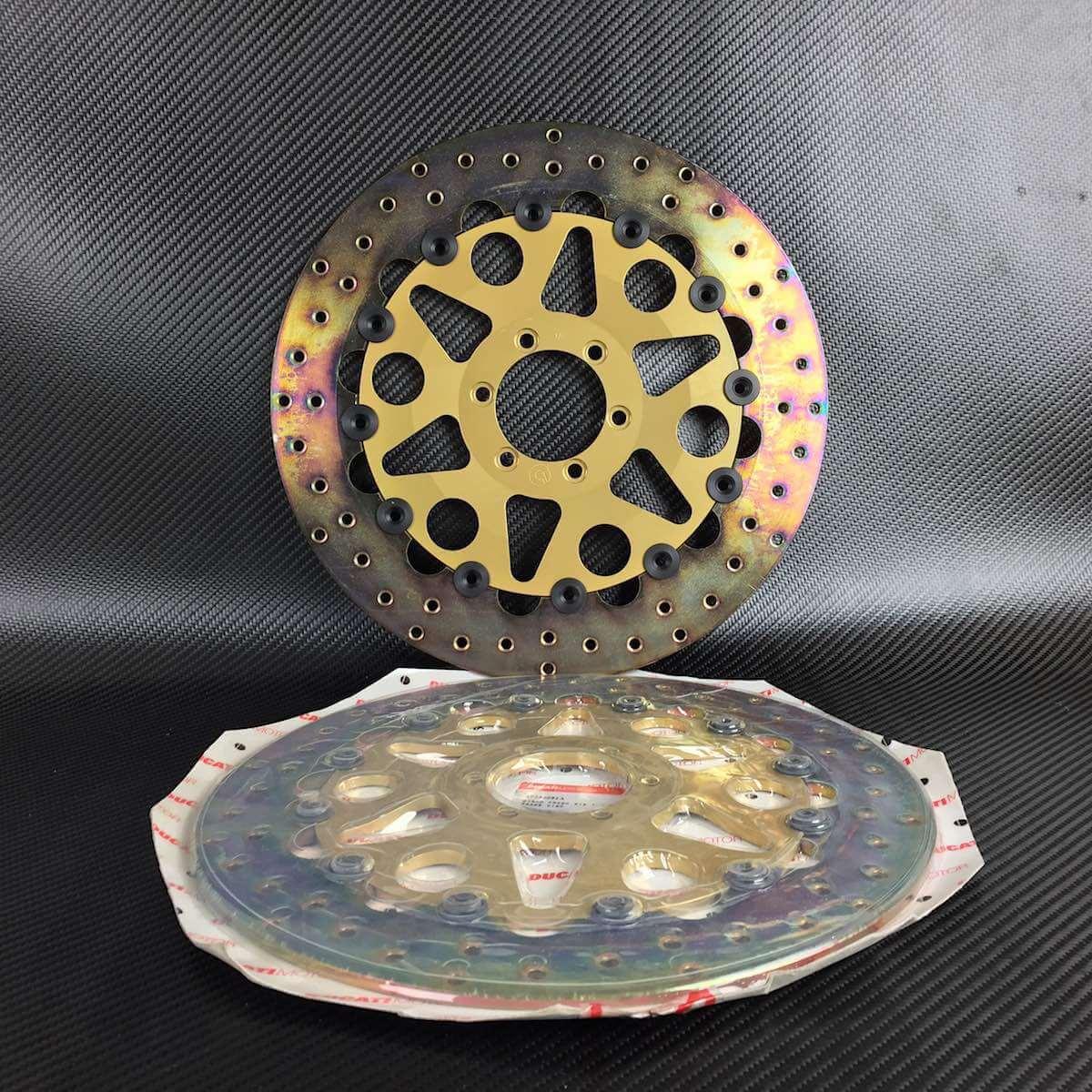[Imagem: Ducati-Brembo-Cast-Iron-Full-Floaters-49240081A.jpg]